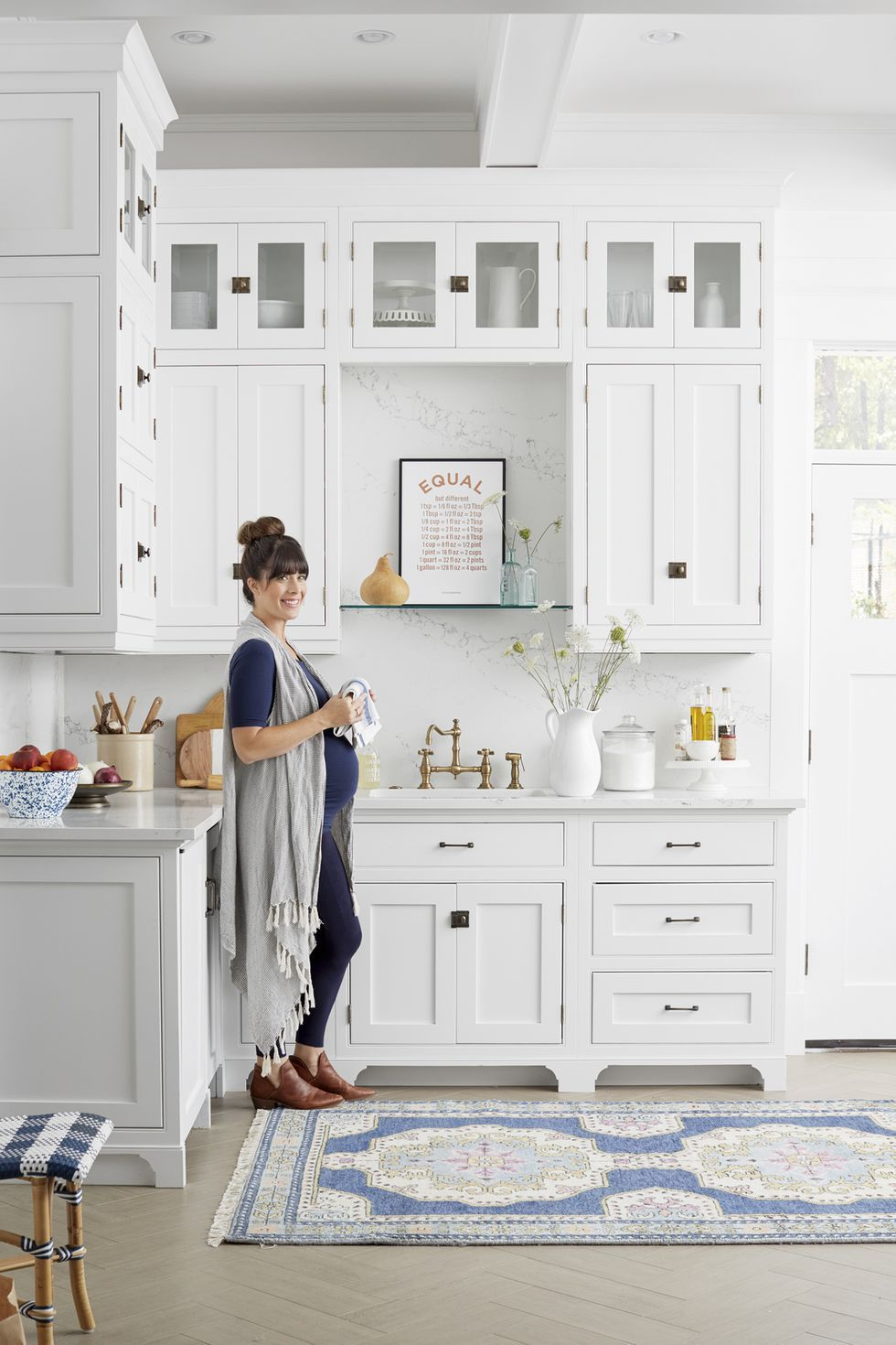 Country Living Magazine & 100+ Kitchen Design Ideas - Pictures of Country Kitchen Decorating ...