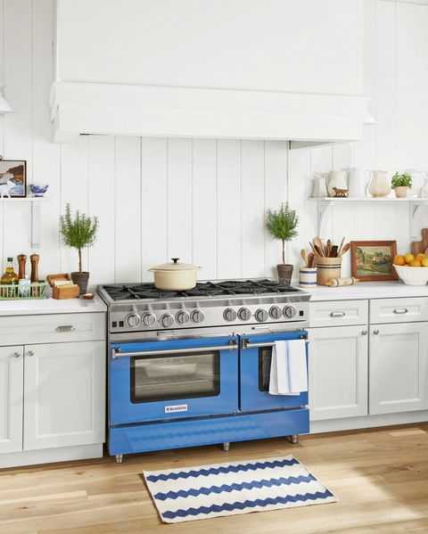 country living kitchen blue star range