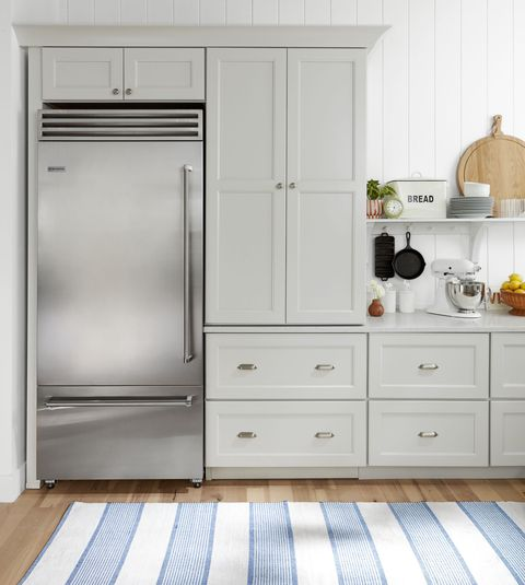 country living kitchen cabinets refrigerator