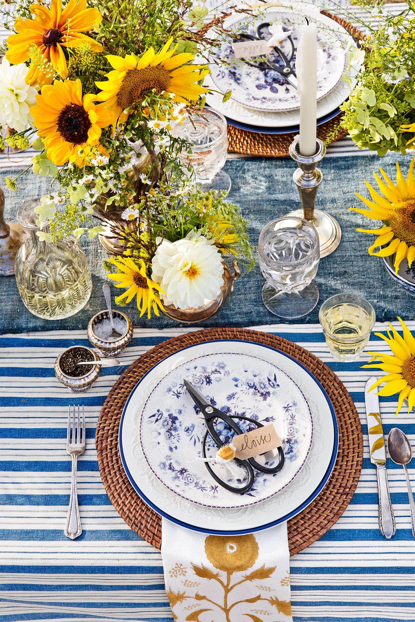 table setting farm to table outdoor party