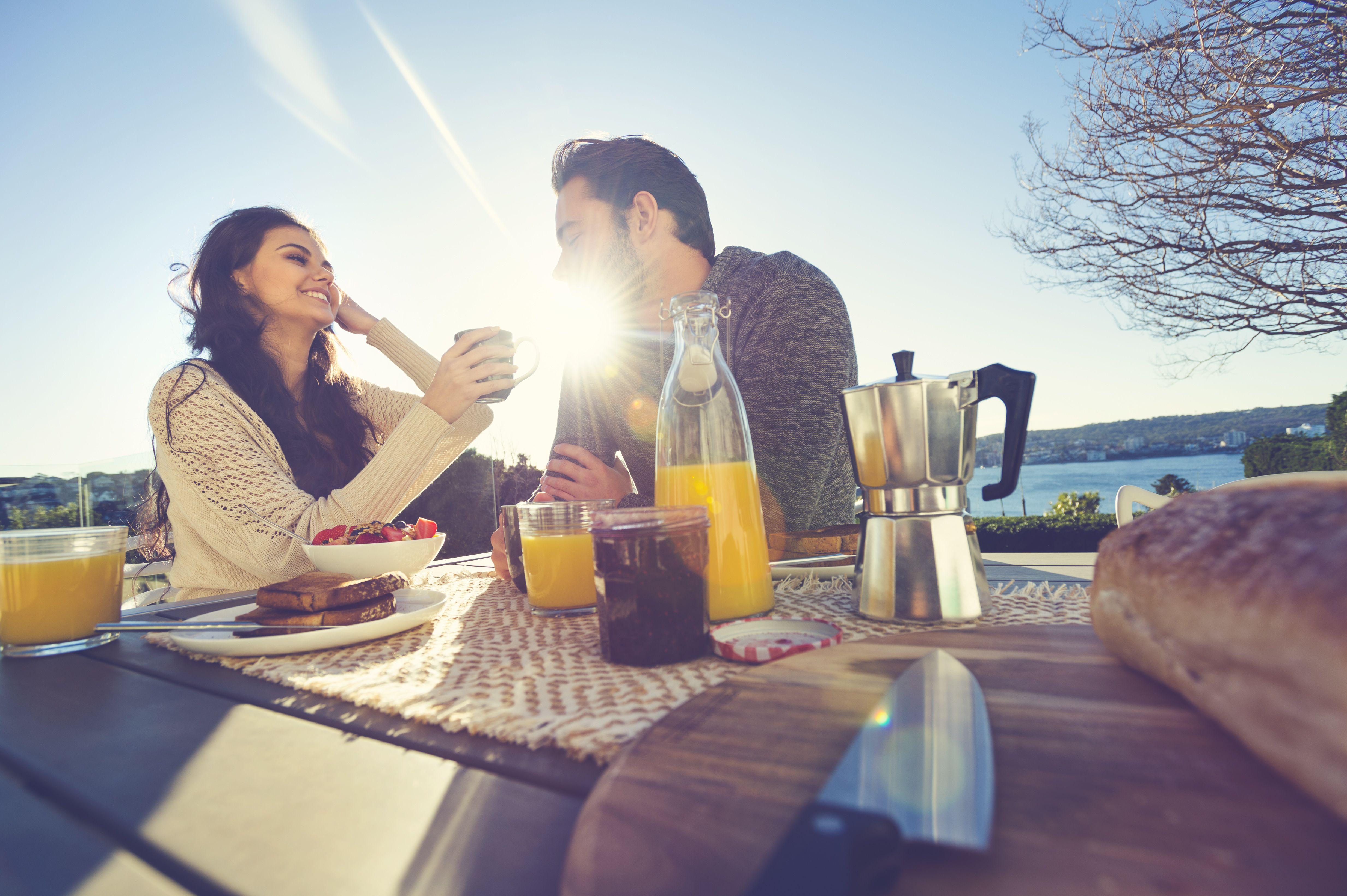 Daytime Date Ideas - Why Couples Should Do Early-Morning Dates