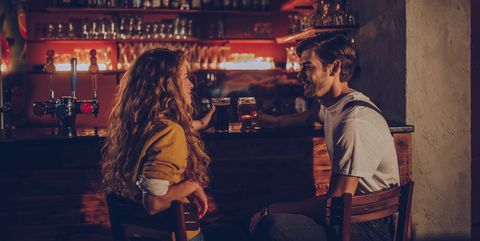 couple in pub