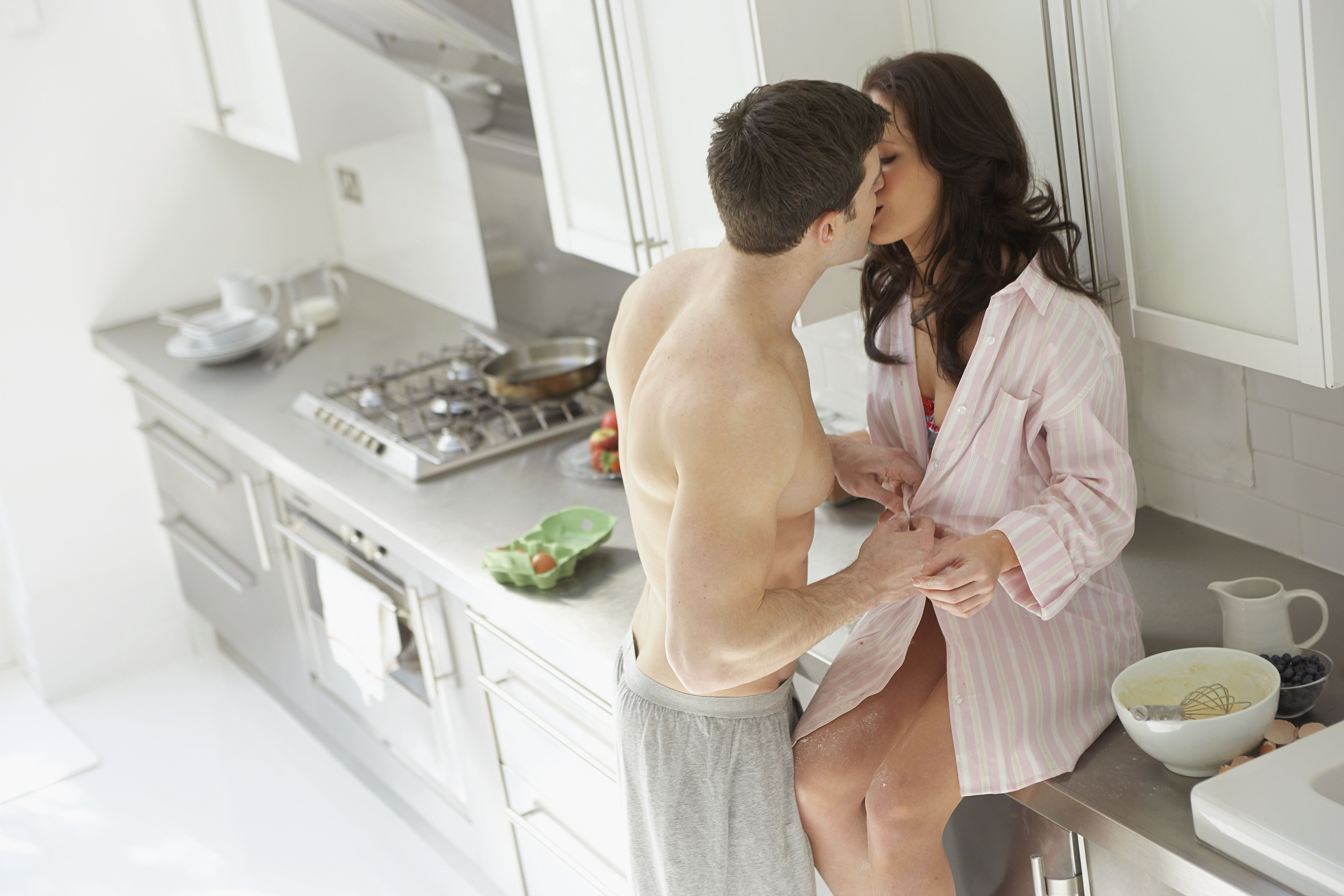 Seks op de keukentafel