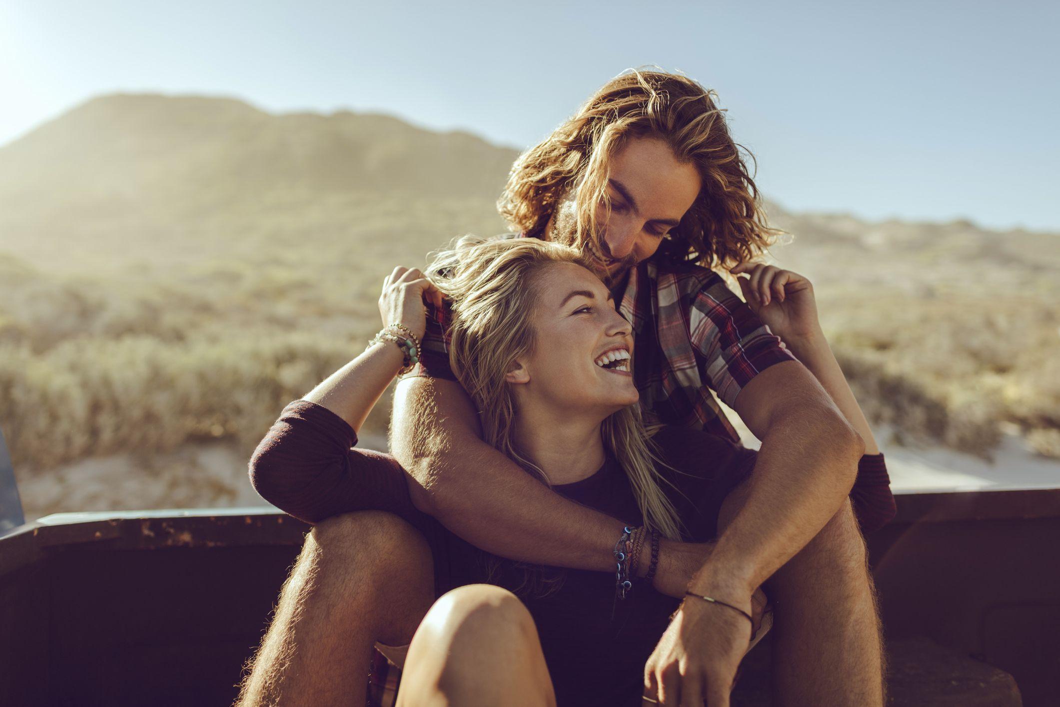 Se la felicità è una relazione a distanza che funziona