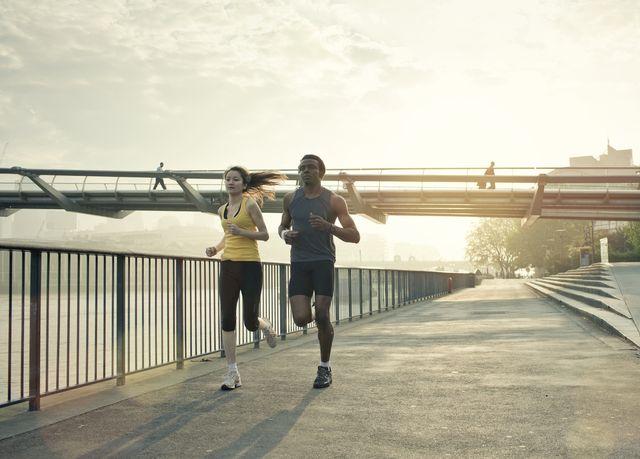 couple running in london