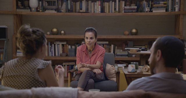 """c dr orna guralnik in couples therapy, """"206"""" photo credit courtesy of showtime"""