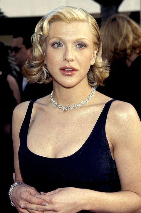 Hair, Blond, Hairstyle, Beauty, Eyebrow, Lip, Shoulder, Long hair, Dress, Jewellery,