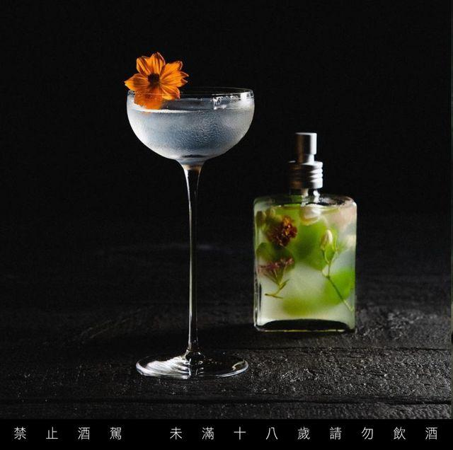 台北7間特色隱藏酒吧推薦!隱身防火巷內、偽裝成鑰匙行,讓你瞬間遁入另一個時空