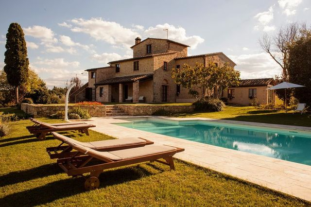swimming pool, property, estate, house, residential area, home, building, sky, real estate, sunlounger,