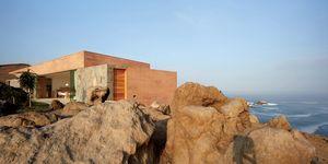 Casa C3, dello studio Barclay & Crousse Architecture