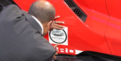 Pay Roadandtrack Com >> Ford Paid Touching Tribute To Dan Gurney At The 2018 Detroit