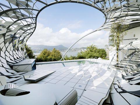 un jard n con piscina de dise o futurista creado por el ForDiseno Futurista Para Un Jardin Con Piscina