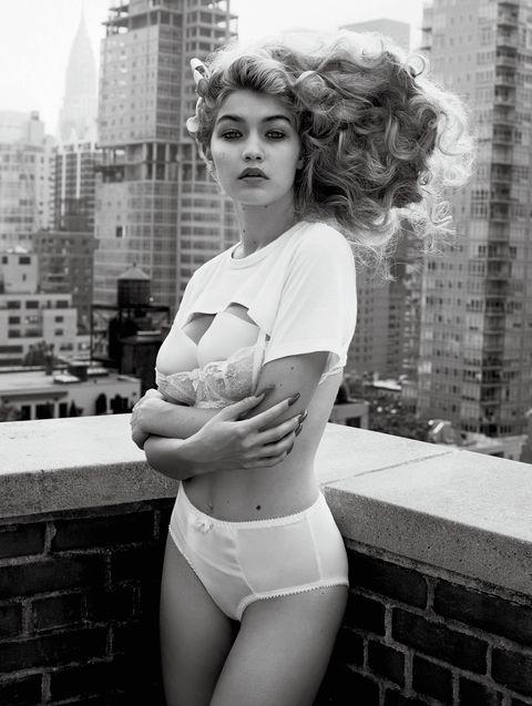 Photograph, White, Clothing, Black-and-white, Beauty, Photo shoot, Monochrome photography, Retro style, Lip, Monochrome,