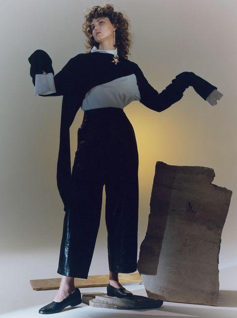 Shoulder, Fashion, Photo shoot, Photography, Neck, Model, Fashion design, Shoe, Waist, Black hair,