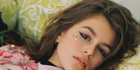 Nose, Lip, Mouth, Eye, Hairstyle, Eyebrow, Eyelash, Beauty, Peach, Eye liner,