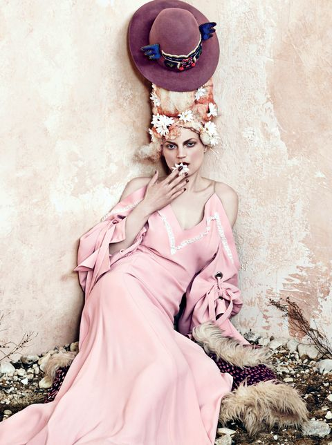 Pink, Fashion, Beauty, Headpiece, Illustration, Fashion design, Spring, Hair accessory, Blond, Fashion illustration,