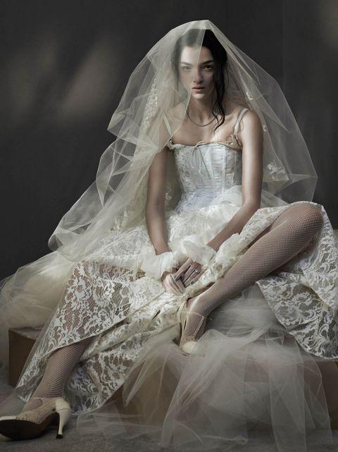 Wedding dress, Veil, Bridal accessory, Bridal veil, Dress, Gown, Clothing, Bridal clothing, Bride, Beauty,