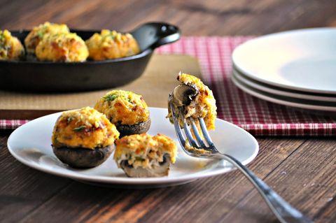 keto crab stuffed mushrooms with bacon