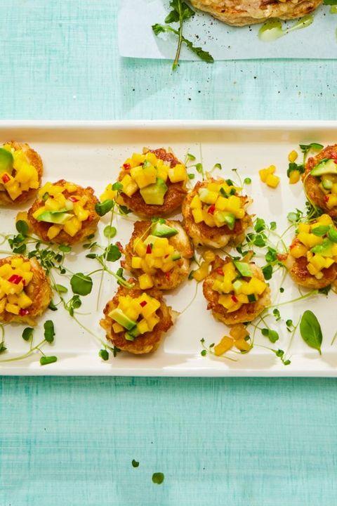 crab cakes with mango avocado relish