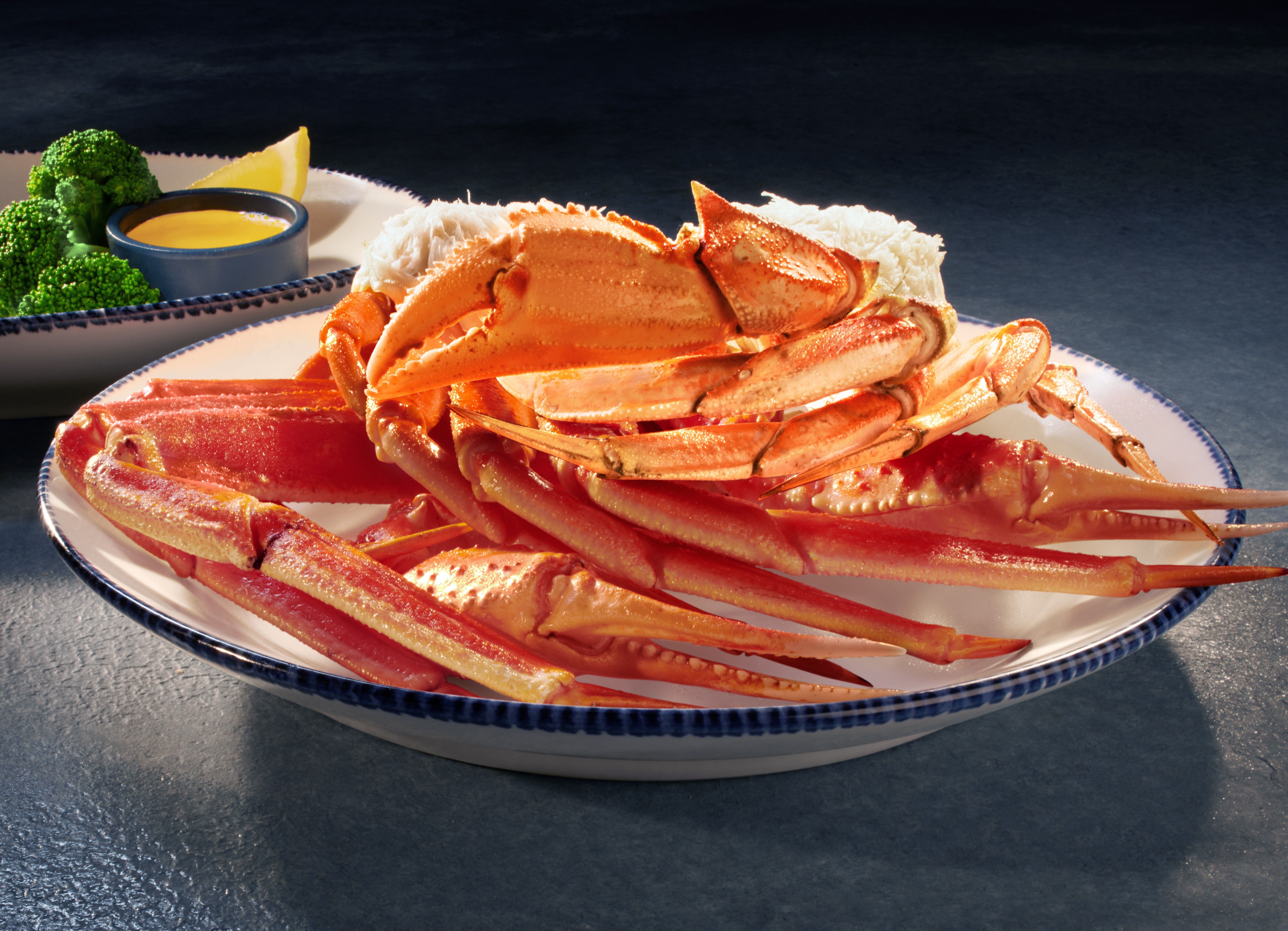 Crabfest Is Back At Red Lobster And It's Actually A Pretty Great Deal