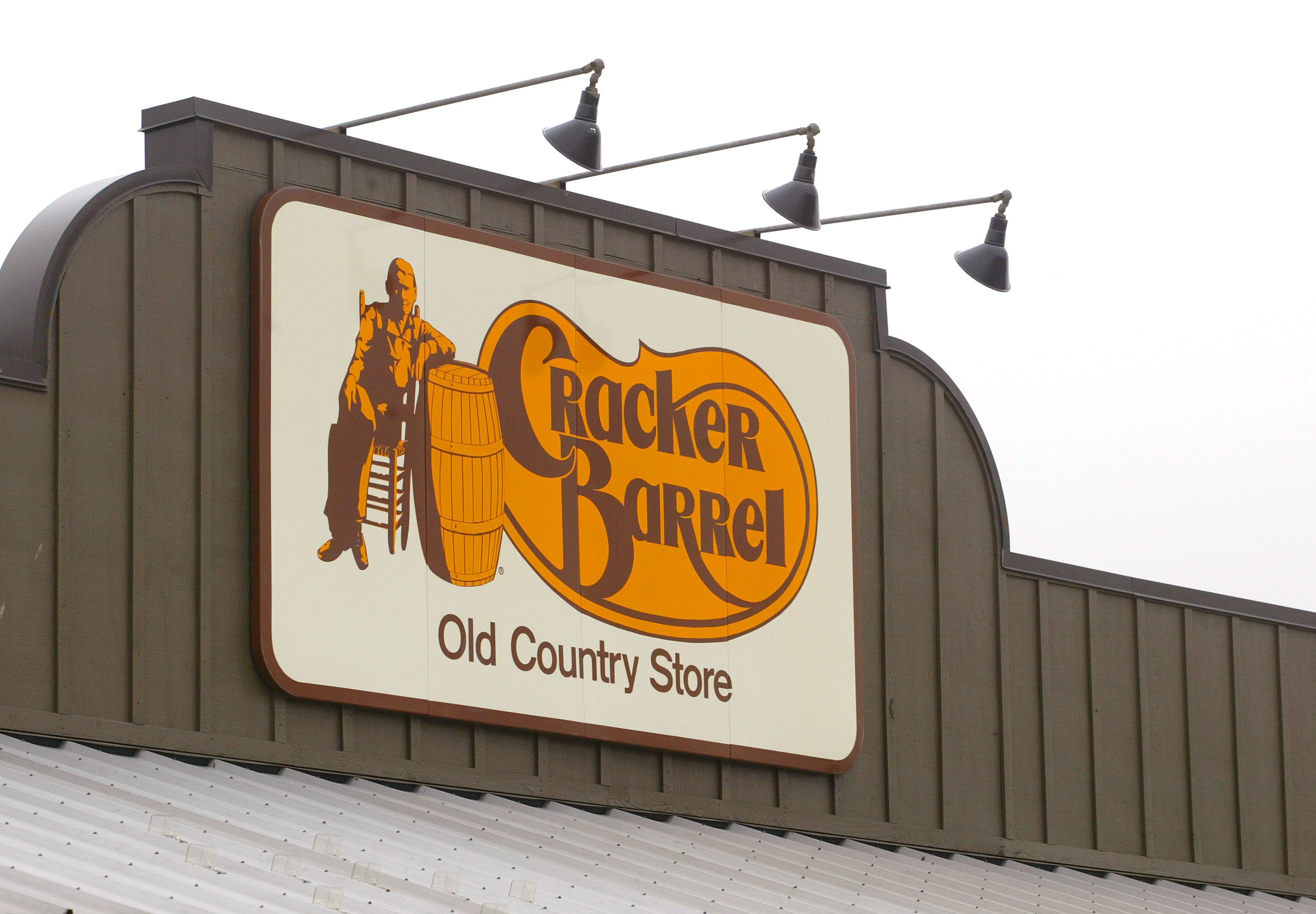 cracker barrel selling heat n serve thanksgiving dinners you can prepare in two hours - Cracker Barrel Christmas Eve Hours