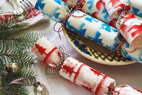 Manualidades navideñas: crackers con sorpresa