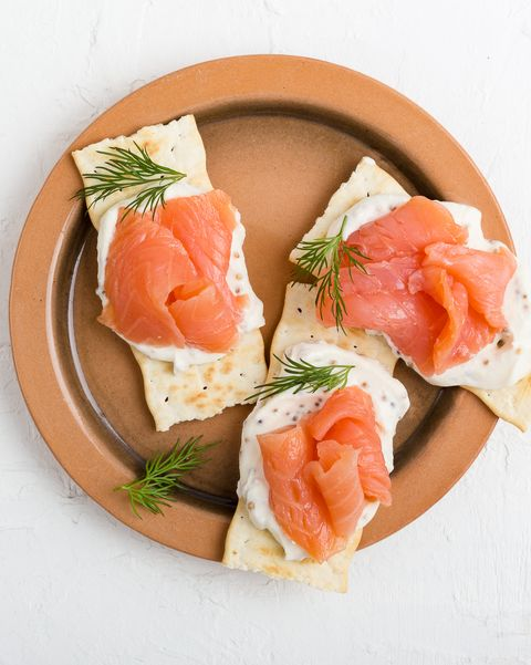 Crackers with smoked salmon