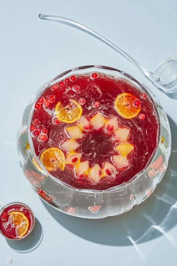 Cranberry 75 Punch - Christmas Cocktails