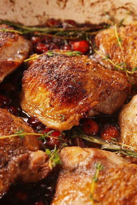 gluten free dinner - Cranberry Balsamic Chicken #dinner #recipe #glutenfree #gf #whole30 #healthydinner #dairyfree