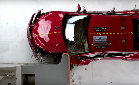 How Cars Get Their Crash Test Ratings News Car And Driver