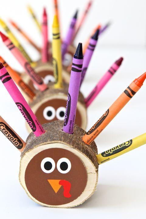crayon turkey thanksgiving crafts
