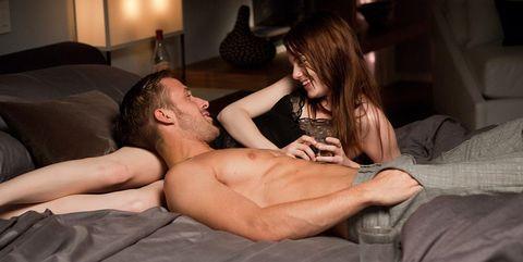 ventajas dormir desnudo