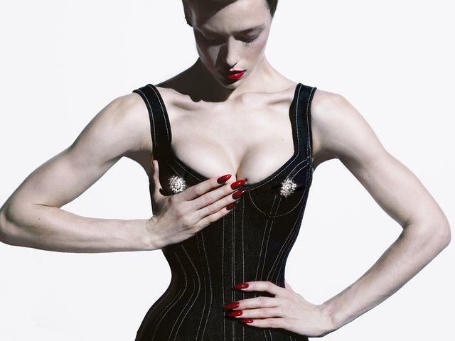 Paris Jackson, Gigi Hadid Star in CR Fashion Book Calendar