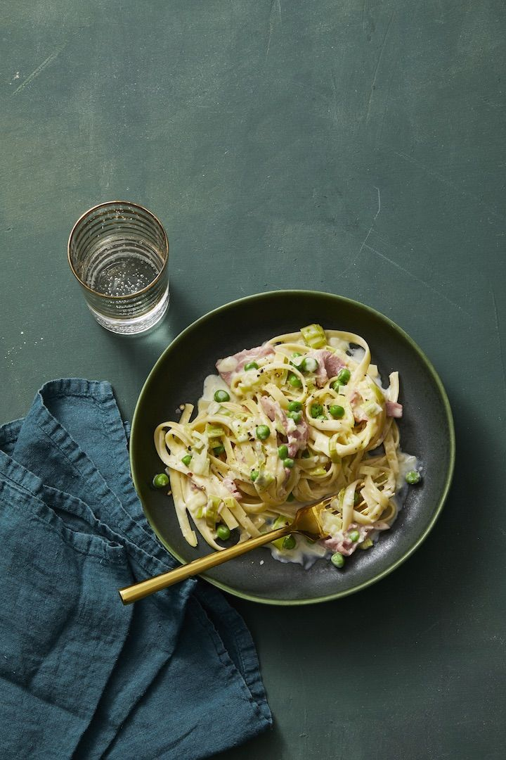 Creamy Fettuccine with Leeks and Ham