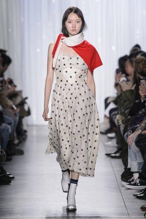 Fashion model, Fashion show, Runway, Fashion, Clothing, Fashion design, Dress, Event, Public event, Design,