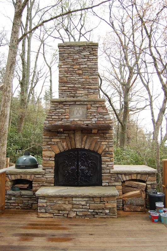 25 Diy Outdoor Fireplaces Fire Pit, Can You Put An Outdoor Fireplace On A Wood Deck
