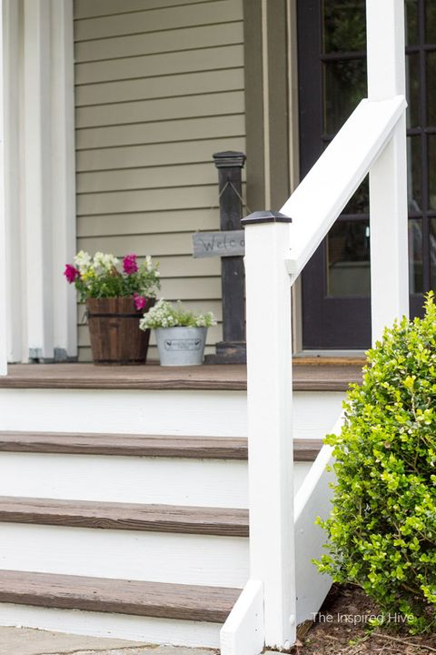 20 Diy Front Step Ideas Creative, Outdoor Wooden Handrails For Concrete Steps Uk