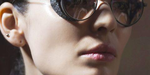 Eyewear, Face, Glasses, Hair, Sunglasses, Nose, Chin, Lip, Skin, Cheek,