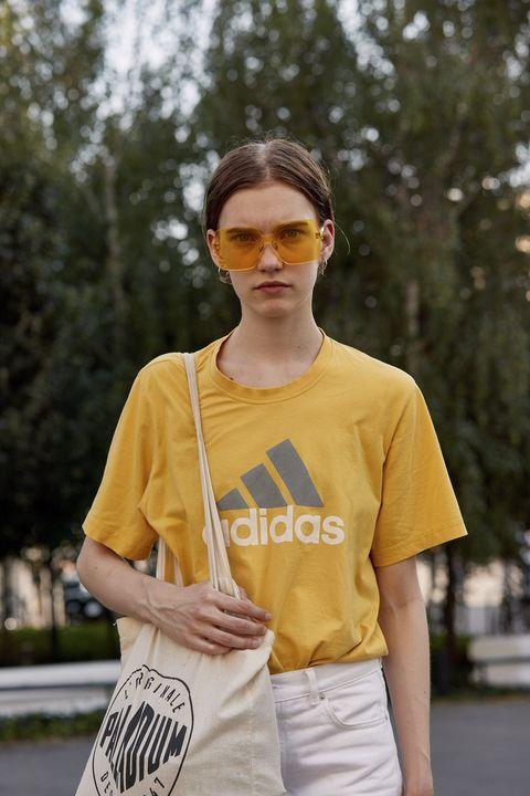 White, Yellow, Street fashion, T-shirt, Clothing, Fashion, Eyewear, Snapshot, Cool, Sleeve,