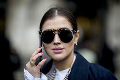 Eyewear, Sunglasses, Glasses, Hair, Cool, Face, Street fashion, Lip, Fashion, Beauty,