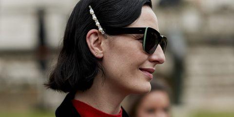 Eyewear, Hair, Sunglasses, Face, Glasses, Street fashion, Hairstyle, Lip, Beauty, Fashion,