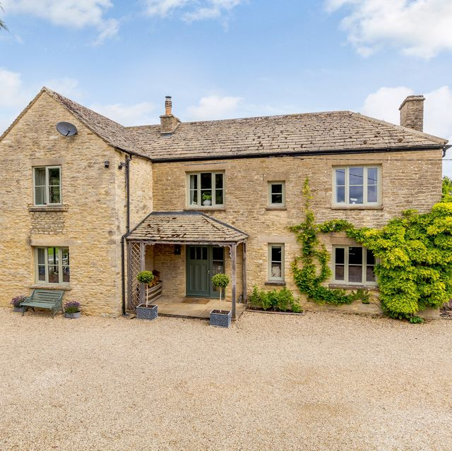 beautiful countryside house for sale in wiltshire