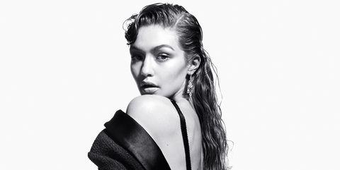 Fashion model, Photo shoot, Beauty, Model, Black-and-white, Hairstyle, Fashion, Standing, Leg, Shoulder,