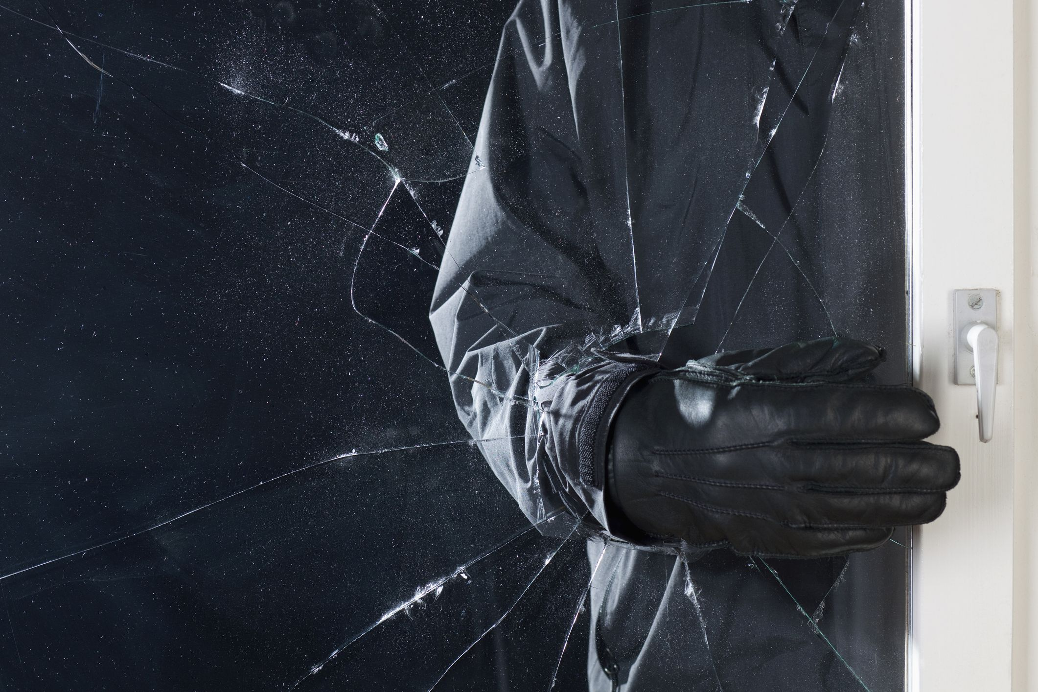 7 top tips from an ex-burglar to protect your home against theft this winter