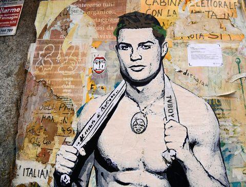 cristiano ronaldo mural milan gay
