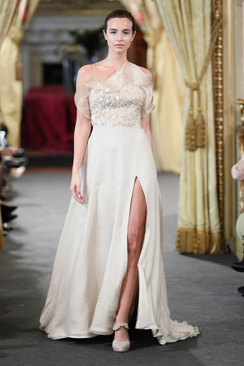 Fashion model, Clothing, Gown, Dress, Wedding dress, Shoulder, Bridal clothing, Fashion, Bridal party dress, Haute couture,