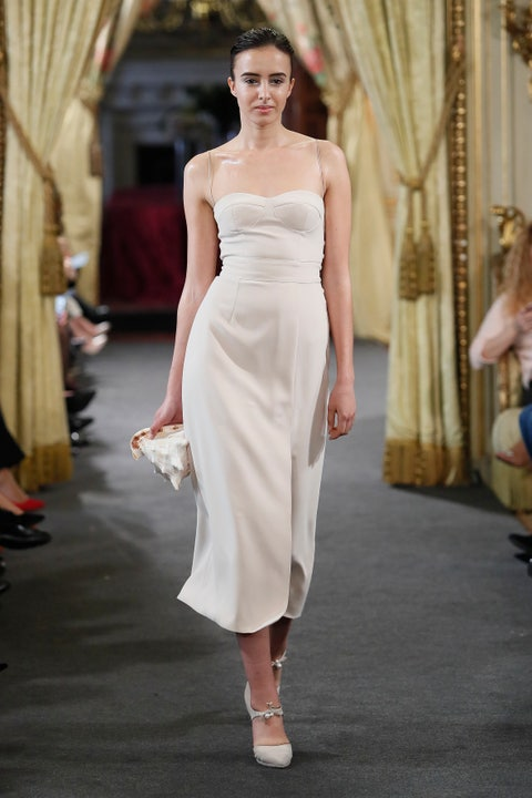 Fashion model, Clothing, Dress, Shoulder, Fashion, Fashion show, Wedding dress, Haute couture, Runway, Gown,