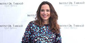 Cristina Alarcón, embarazada de su primer hijo, en un acto de belleza en Barcelona
