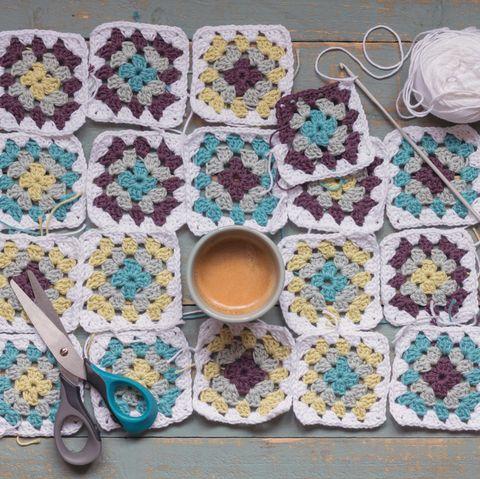 coronavirus self isolating crafts