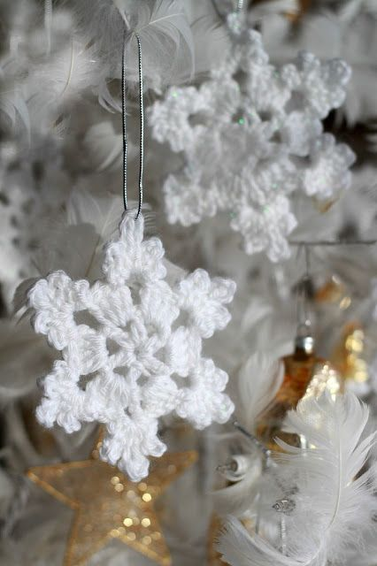 12 crochet christmas ornaments easy crochet ornament patterns